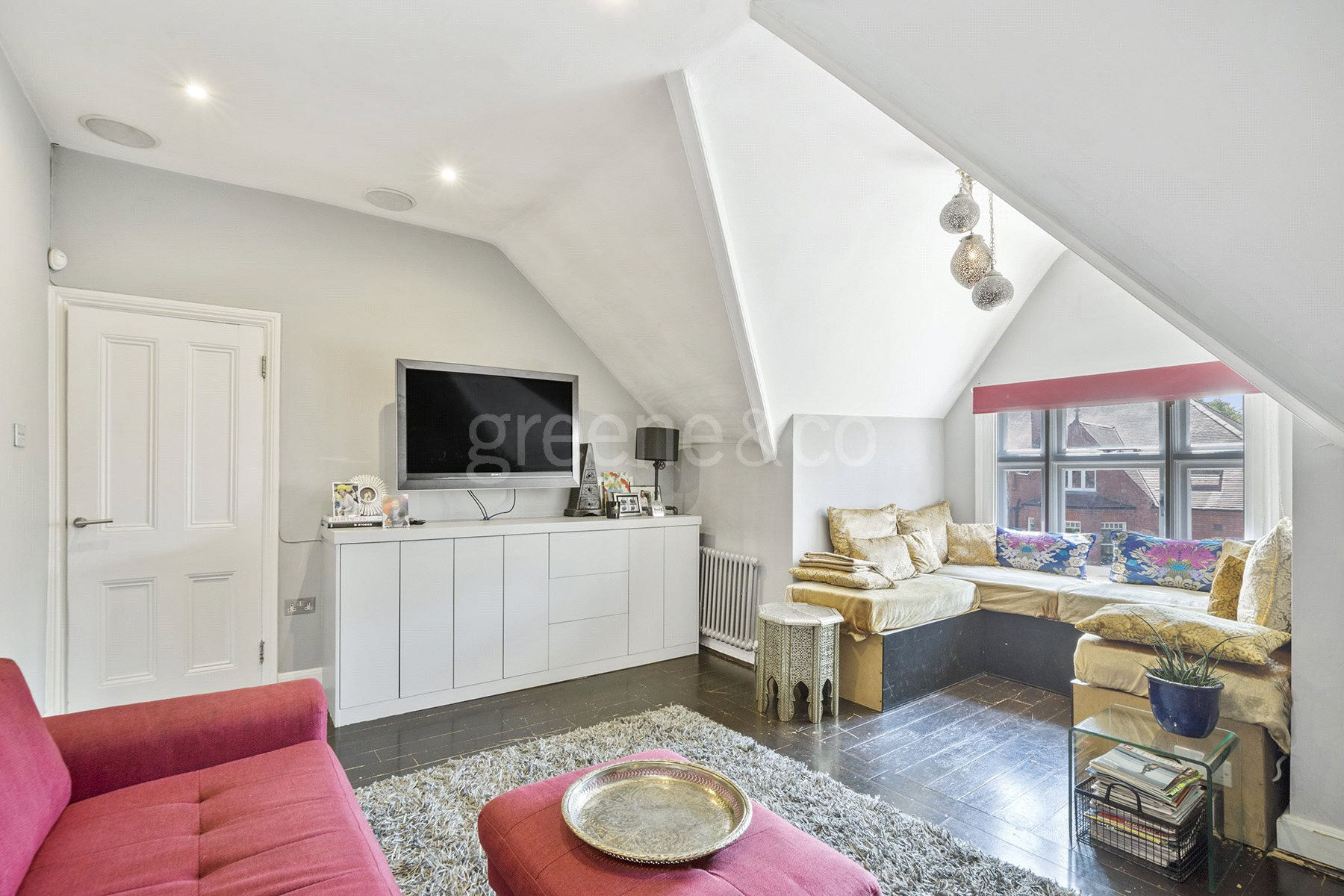 2 Bedrooms Flat for sale in Lambolle Road, Belsize Park, London, NW3