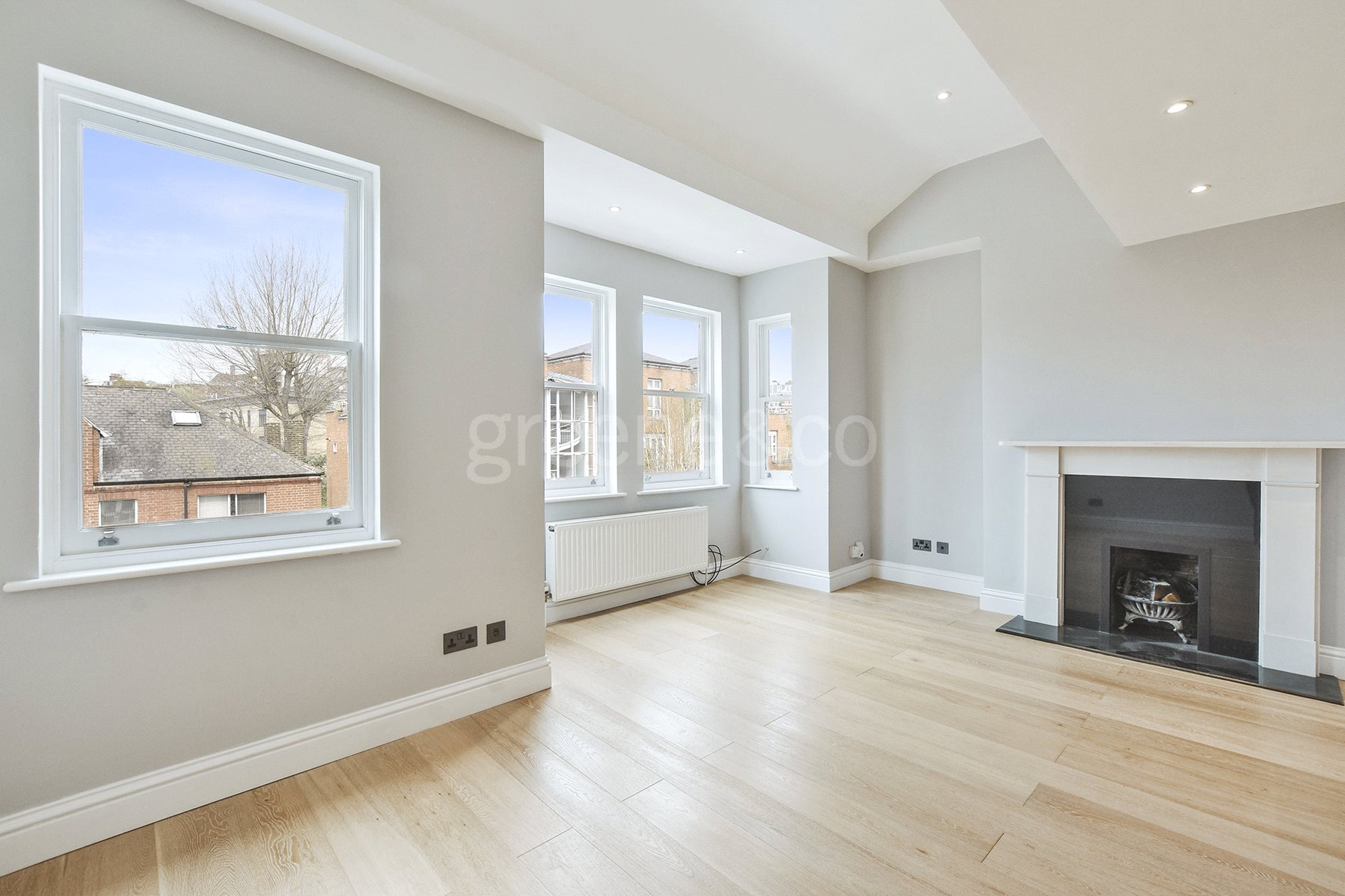 3 Bedrooms Flat for sale in Lithos Road, South Hampstead, NW3