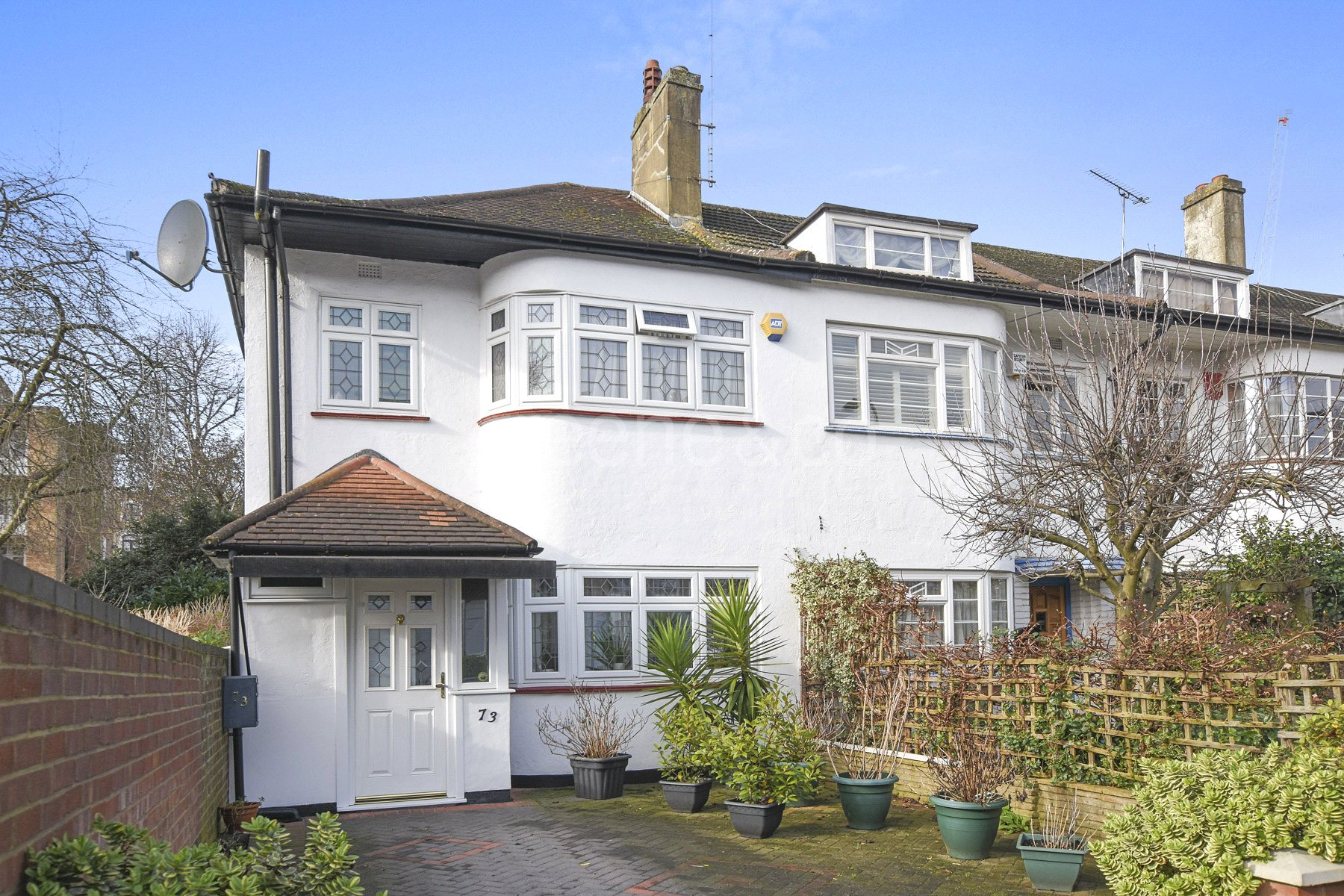 3 Bedrooms Semi Detached House for sale in Parkhill Road, Belsize Park, London, NW3