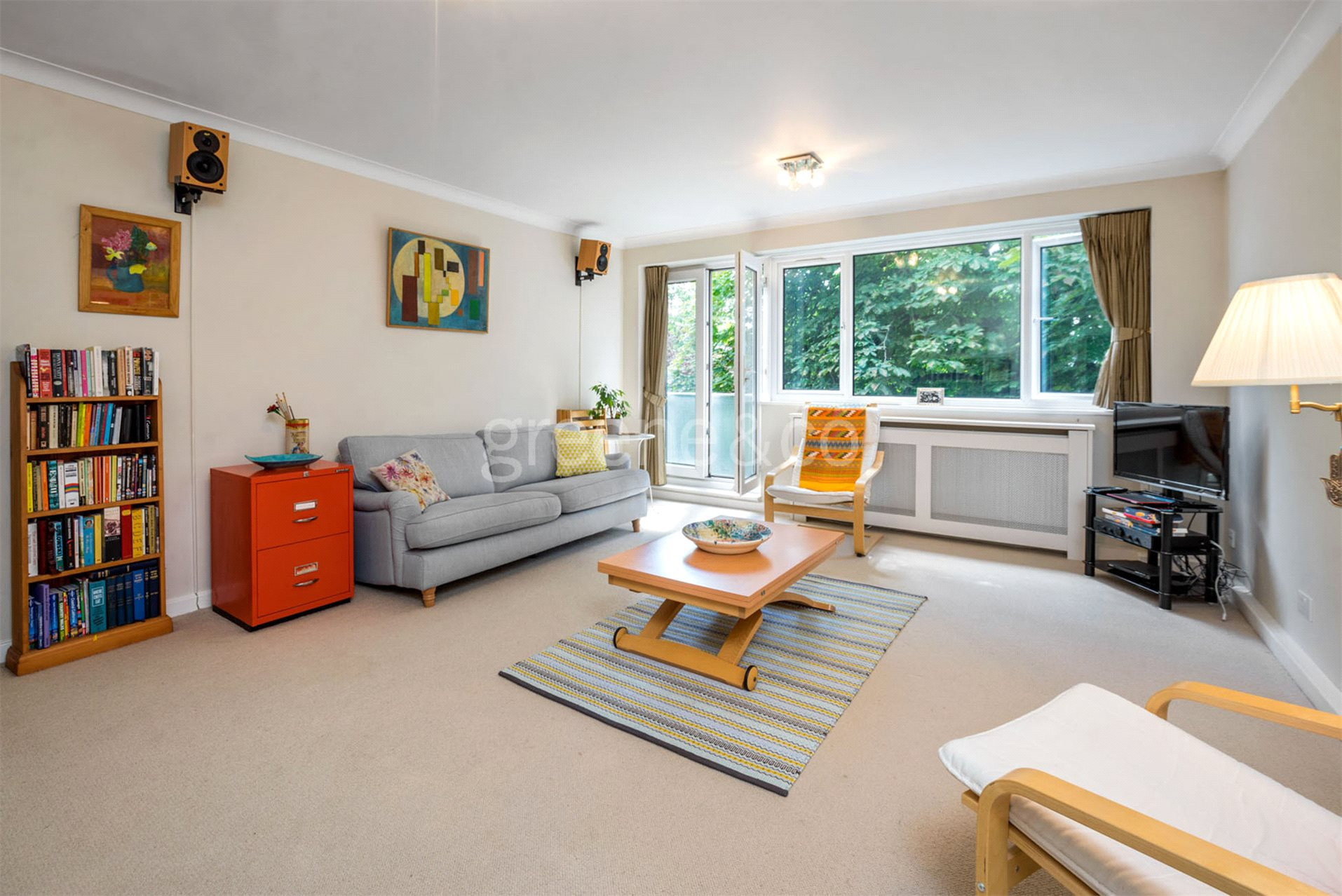 2 Bedrooms Flat for sale in Fellows Road, Belsize Park, London, NW3