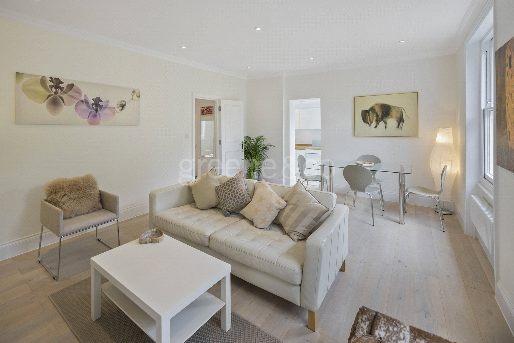 2 Bedrooms Flat for sale in Bartholomew Villas, Kentish Town, London, NW5