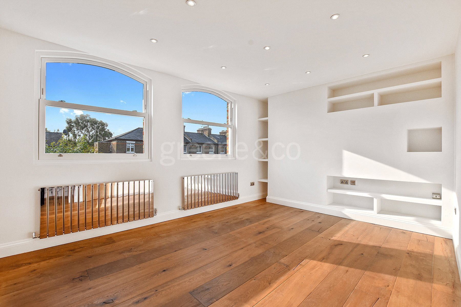 2 Bedrooms Flat for sale in Tufnell Park Road, Tufnell Park, London, N7