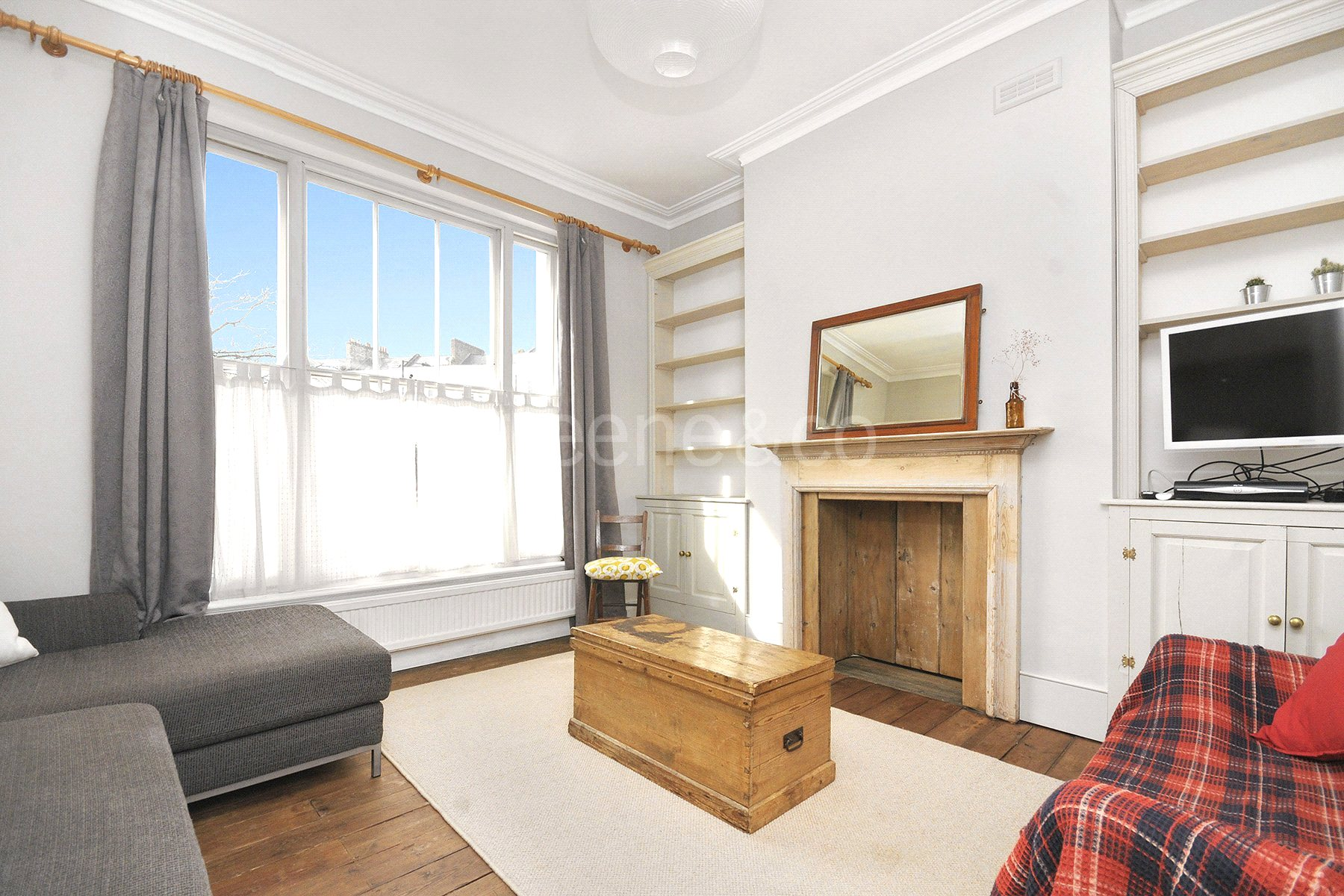 2 Bedrooms Flat for sale in Malden Road, Kentish Town, London, NW5