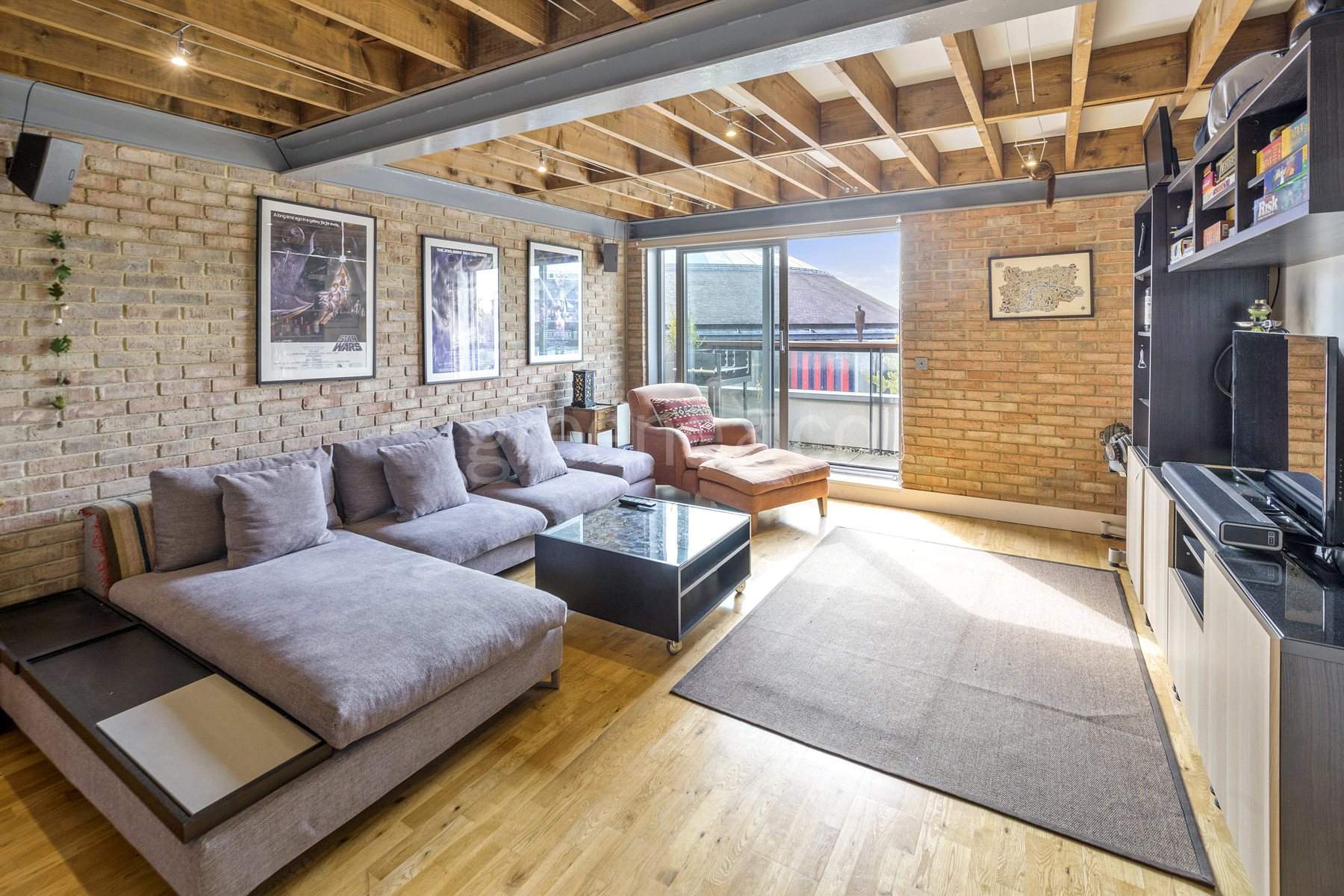 1 Bedroom Flat for sale in Chalk Farm Road, Chalk Farm, London, NW1
