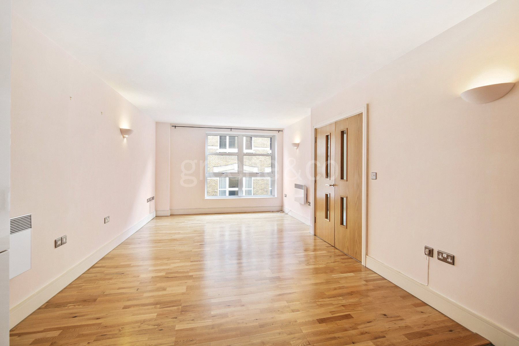 2 Bedrooms House for sale in Black Bull Court, 18 Hatton Wall, London, EC1N