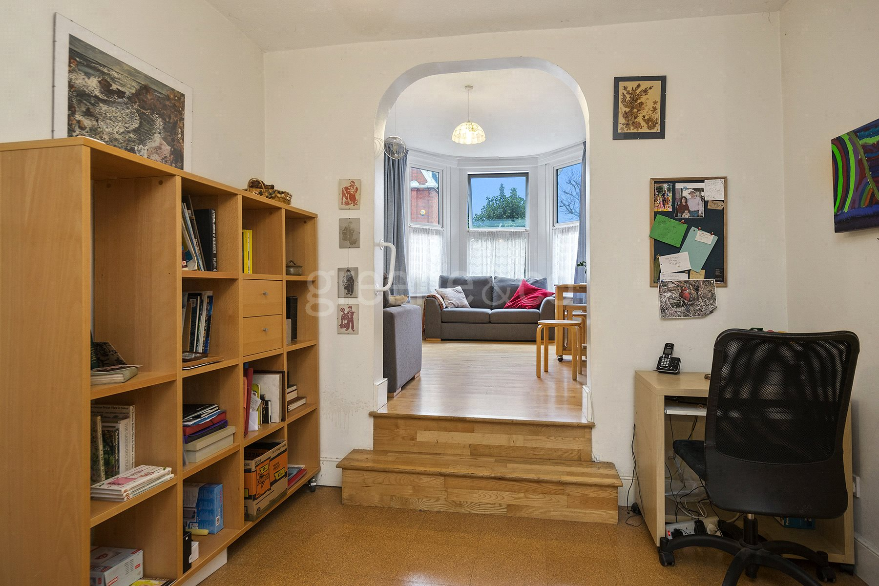 1 Bedroom Flat for sale in Harvey Road, Crouch End, London, N8