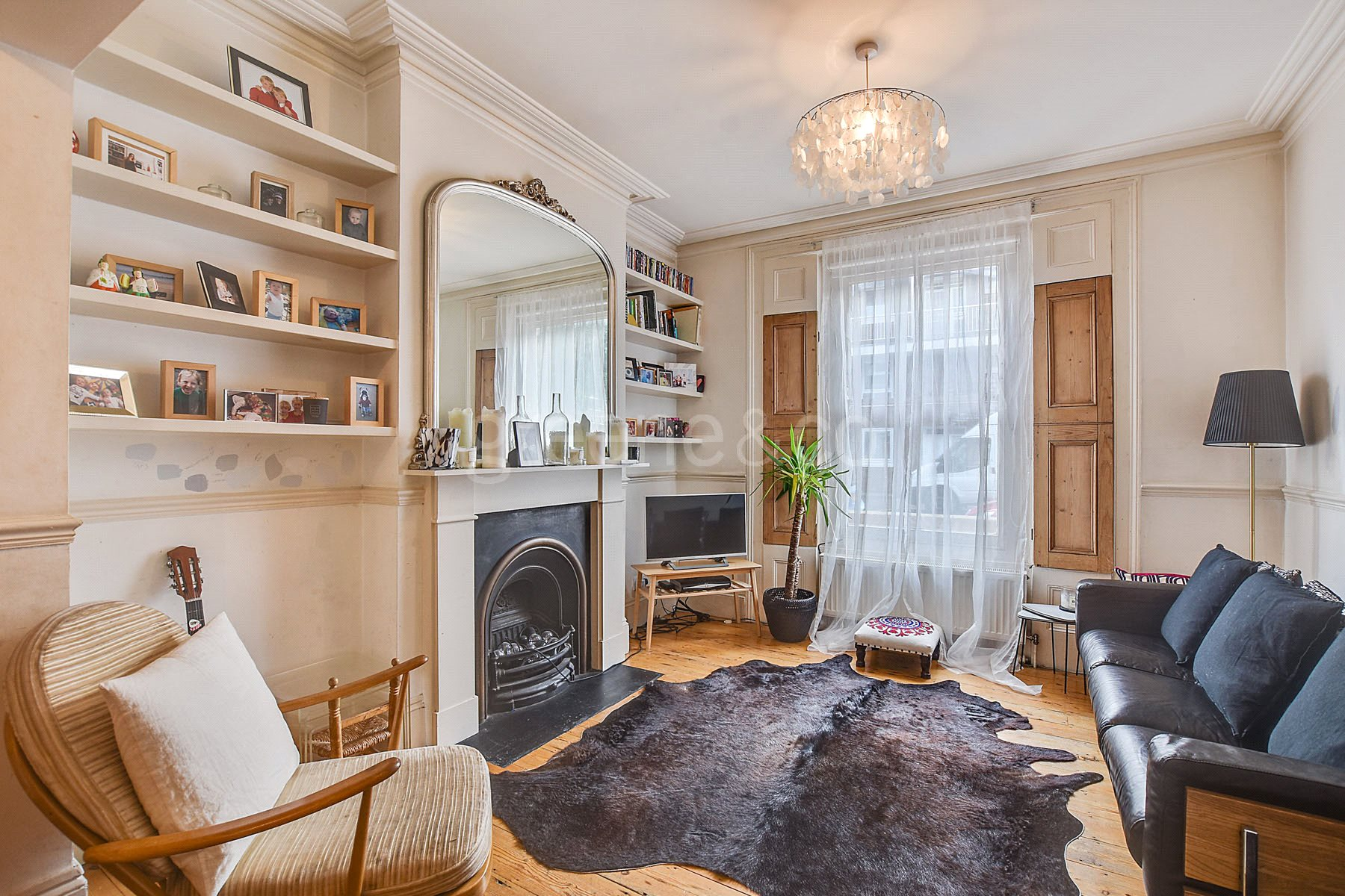 4 Bedrooms Terraced House for sale in Bavaria Road, Upper Holloway, London, N19