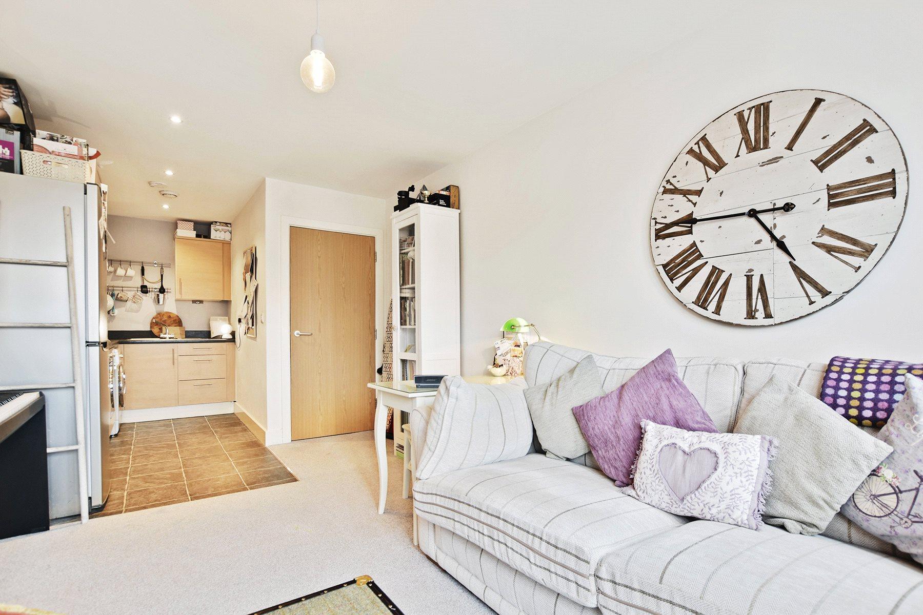 1 Bedroom Flat for sale in Nexus Court, Malvern Road, Queens Park, London, NW6