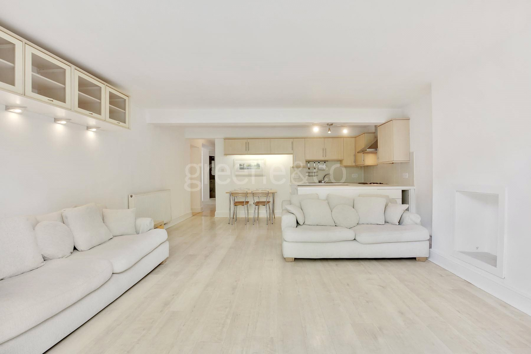 2 Bedrooms Flat for sale in Oxford Road, Kilburn Park, London, NW6