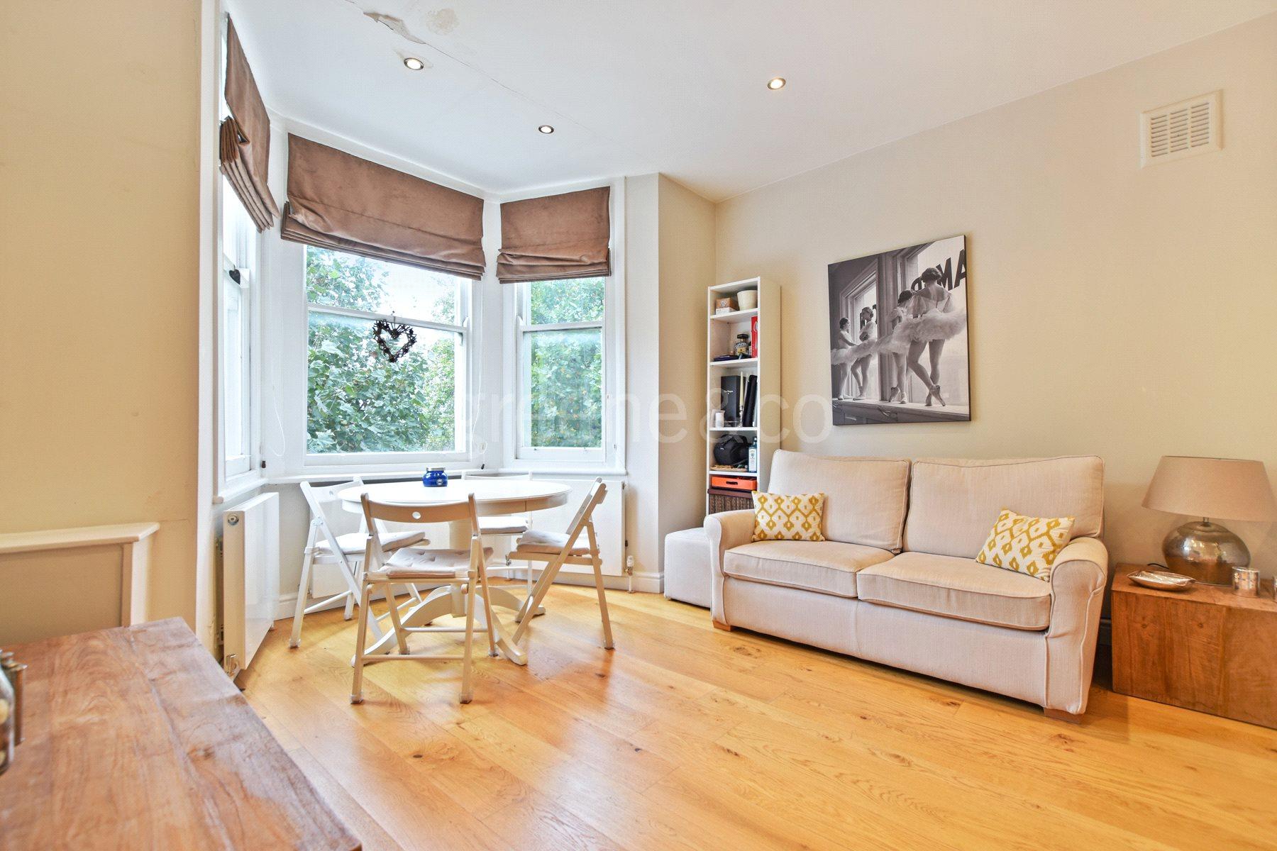 1 Bedroom Flat for sale in Chippenham Road, Maida Vale, London, W9
