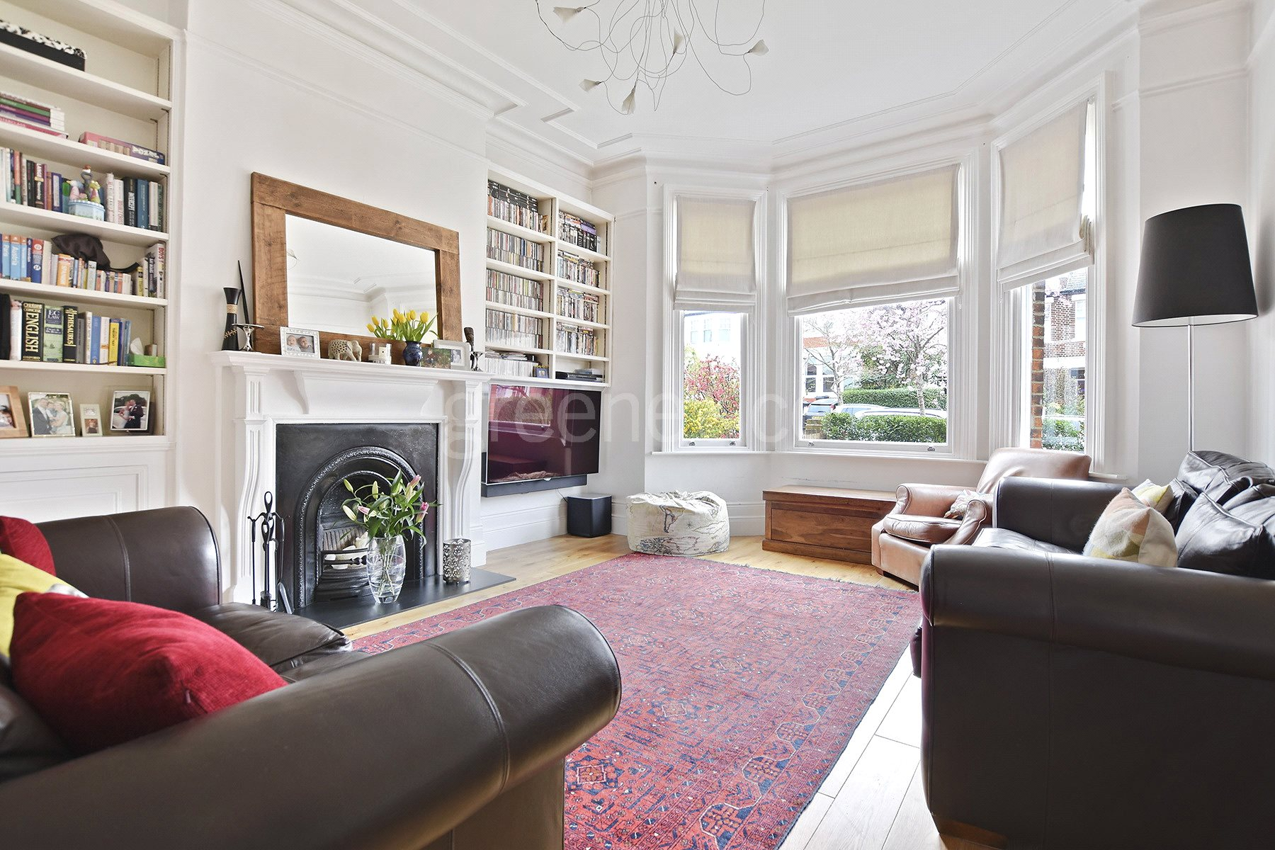 2 Bedrooms Flat for sale in Minster Road, West Hampstead, London, NW2