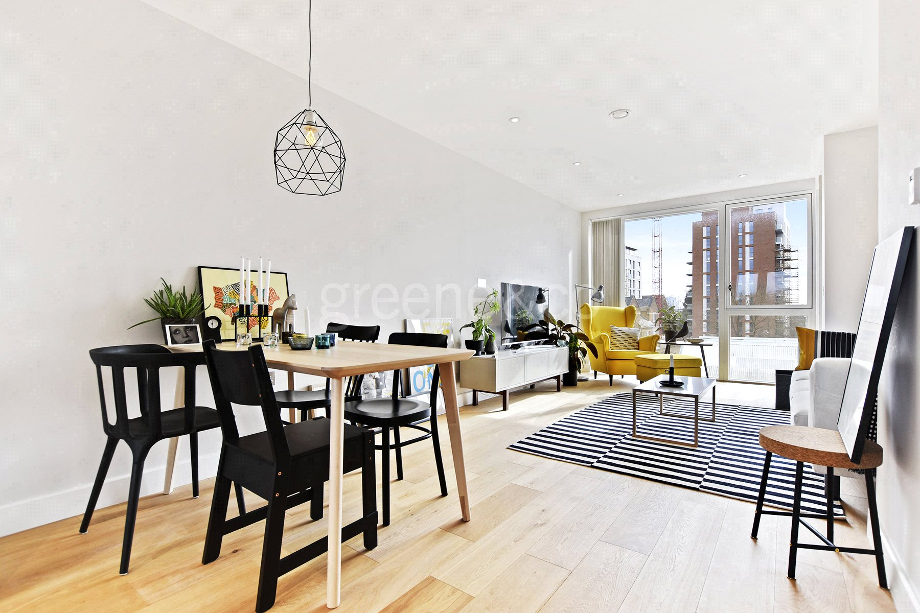 2 Bedrooms Flat for sale in The Central, Iverson Road, West Hampstead, NW6