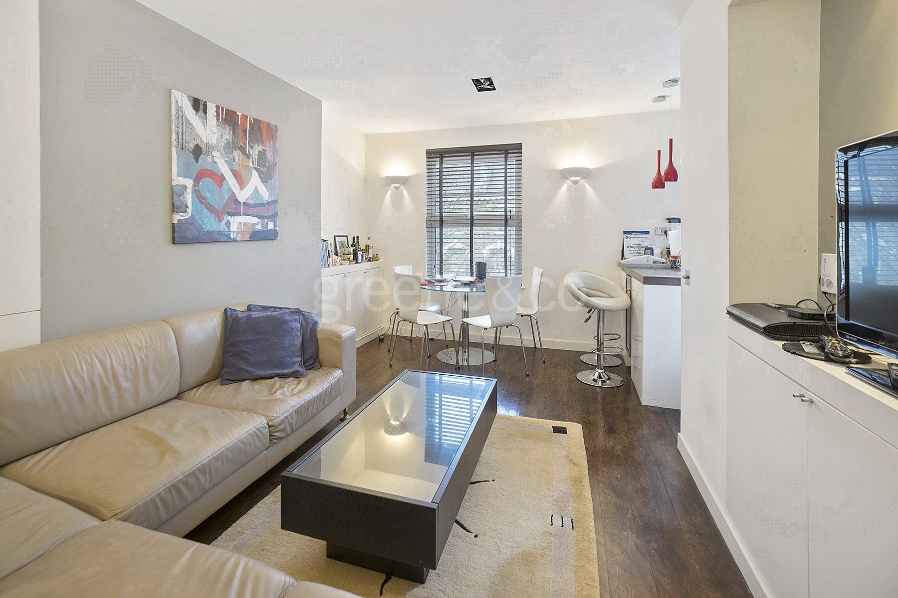 2 Bedrooms Flat for sale in St. Julians Road, Kilburn, London, NW6