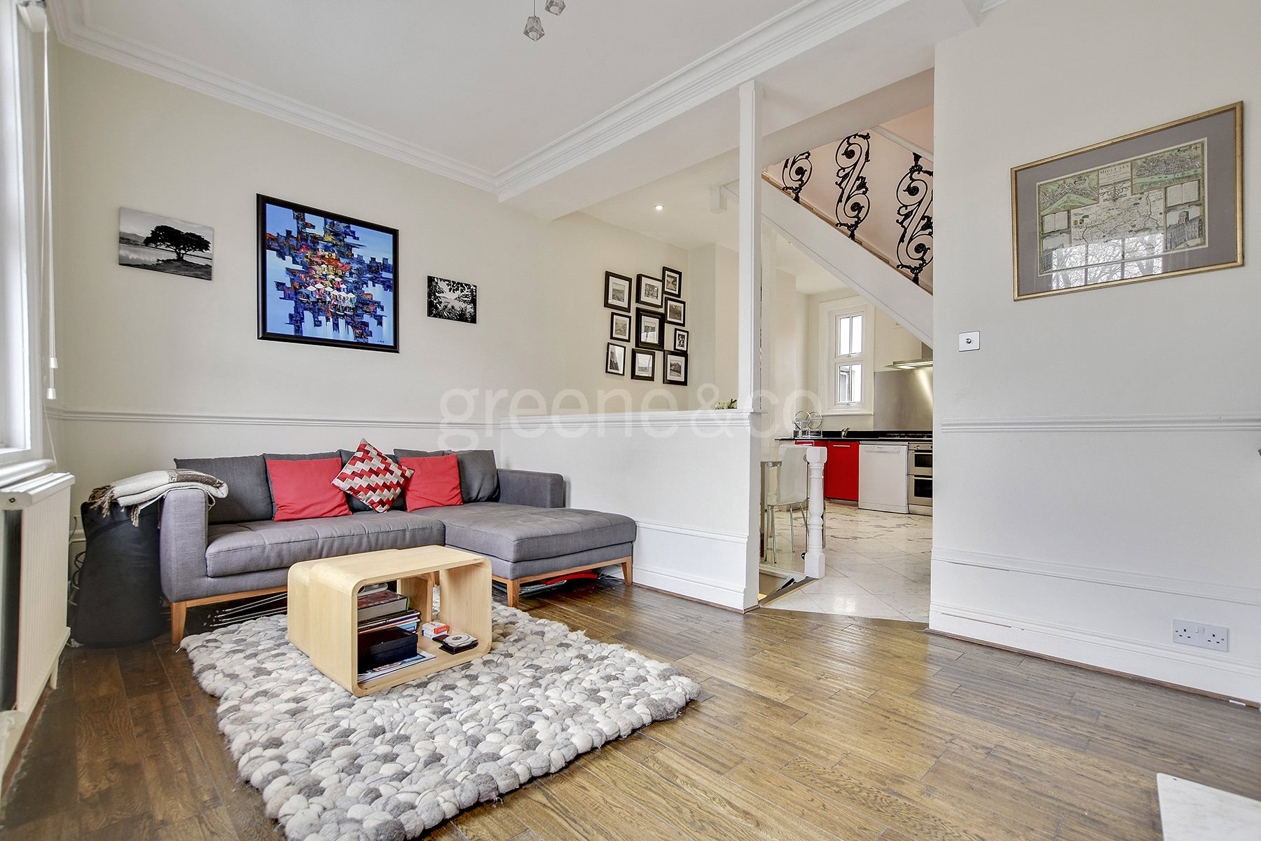 2 Bedrooms Maisonette Flat for sale in Fortune Green Road, West Hampstead, London, NW6