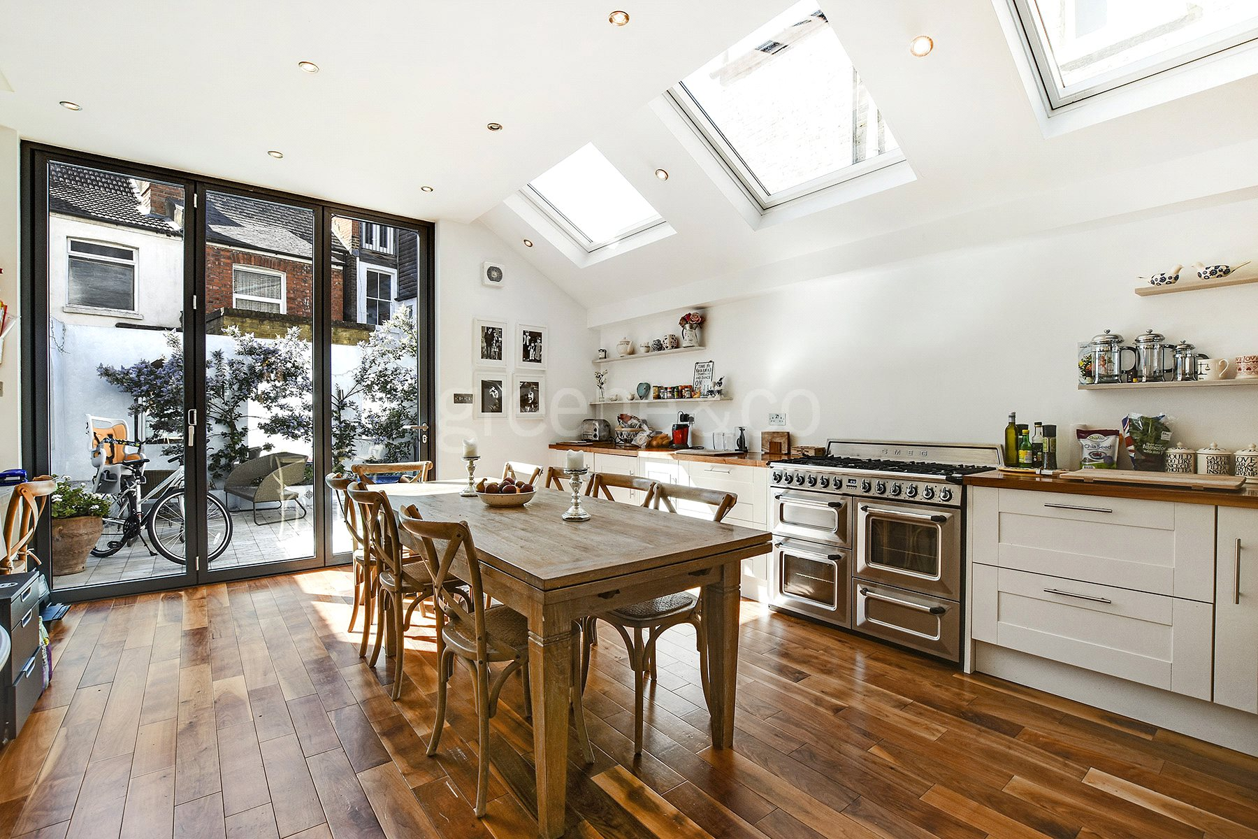 5 Bedrooms Terraced House for sale in Esmond Road, Queens Park, London, NW6