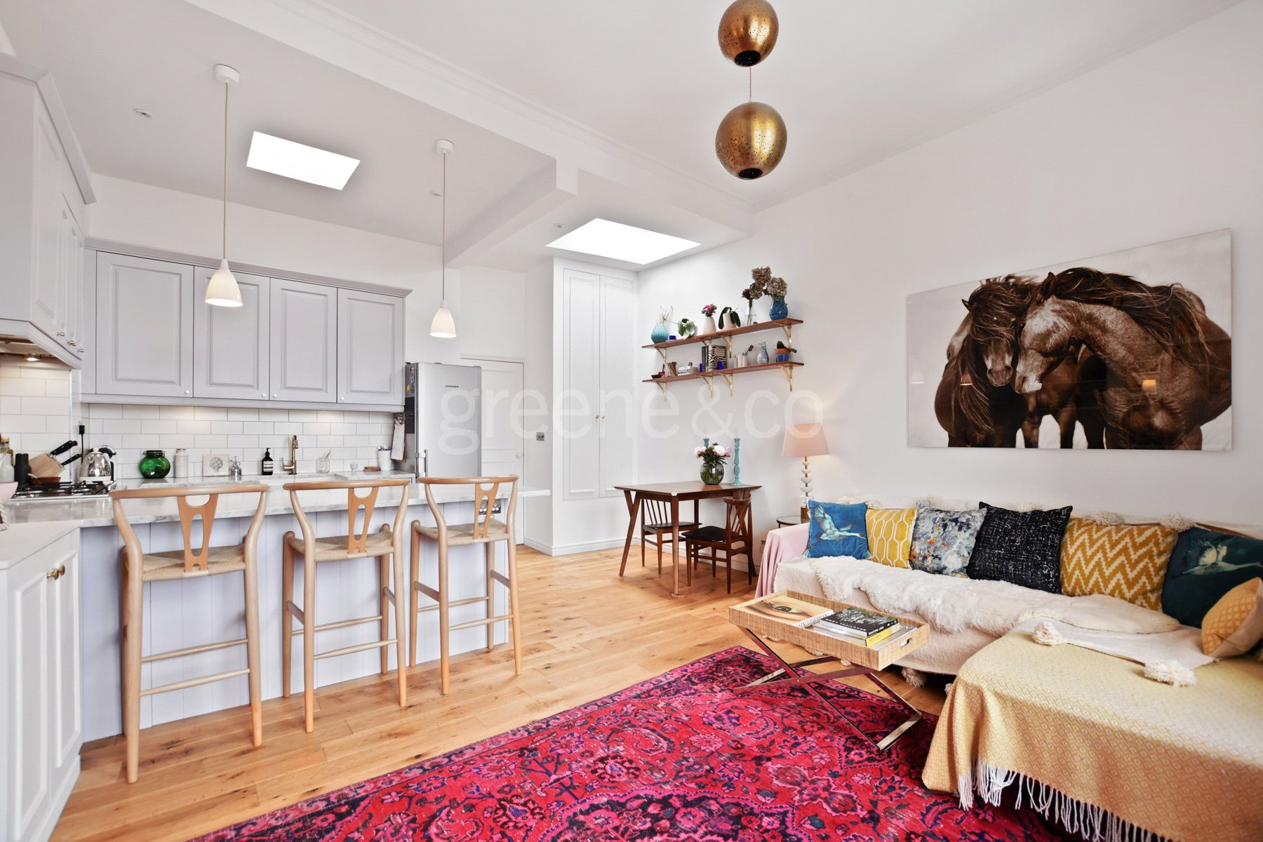 2 Bedrooms Flat for sale in Broadhurst Gardens, West Hampstead, London, NW6