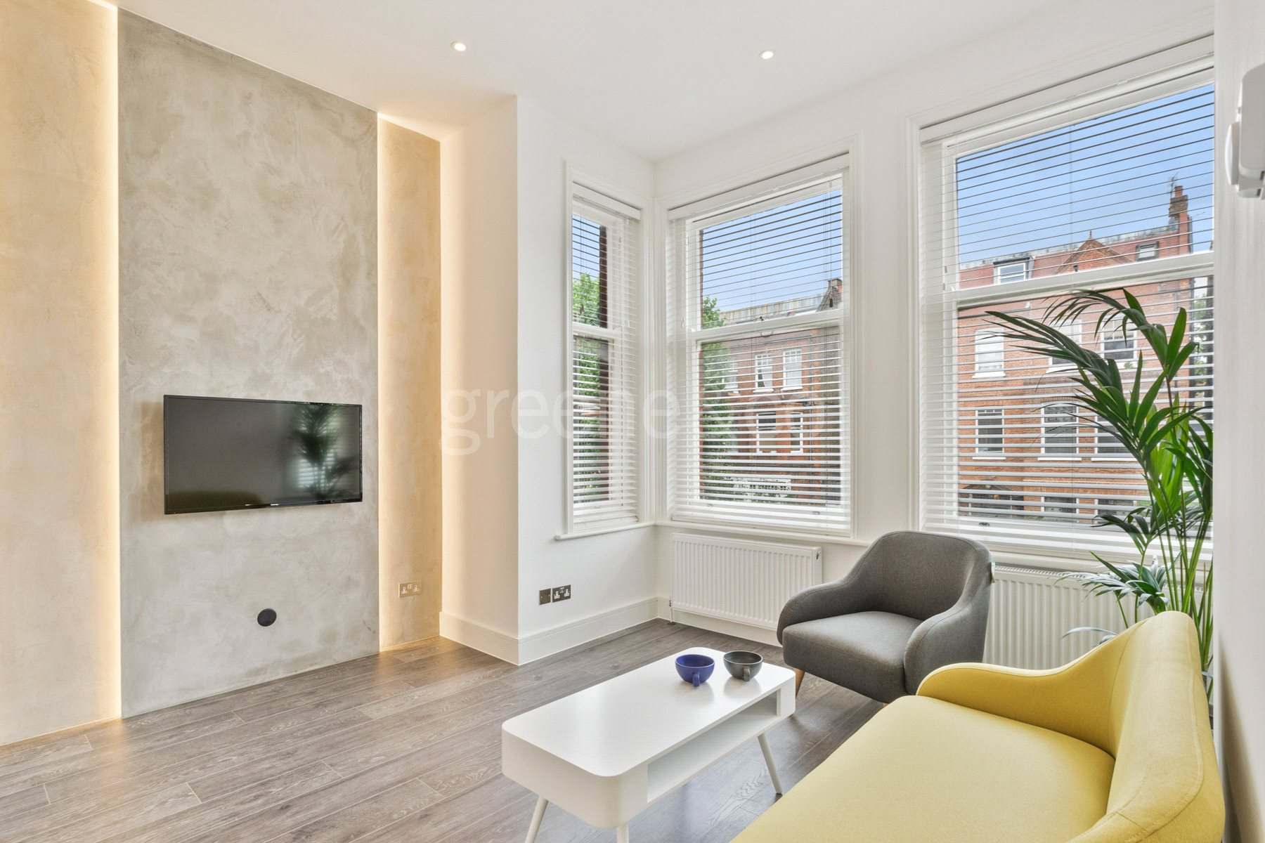 1 Bedroom Flat for sale in Greencroft Gardens, South Hampstead, London, NW6