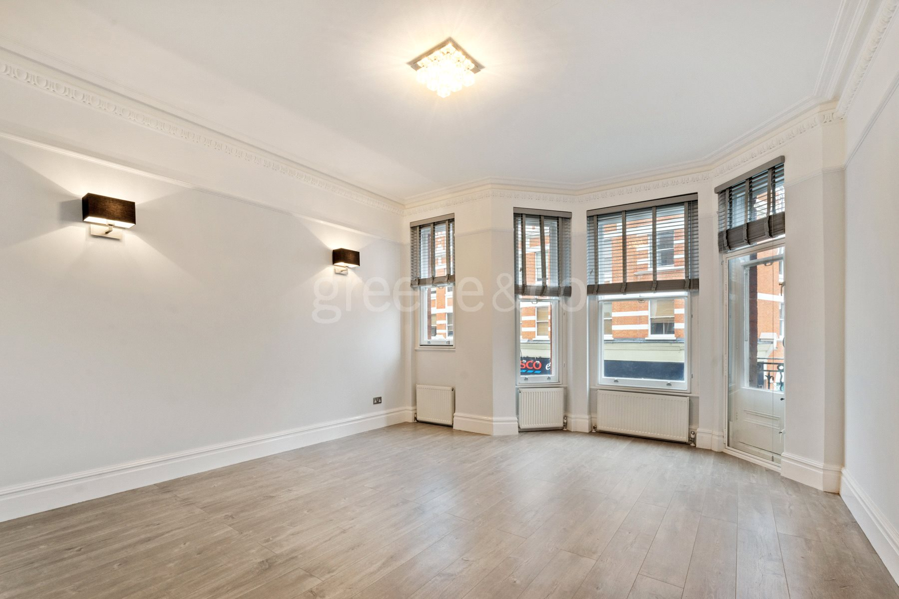 3 Bedrooms Flat for sale in Sandwell Mansions, West End Lane, London, NW6