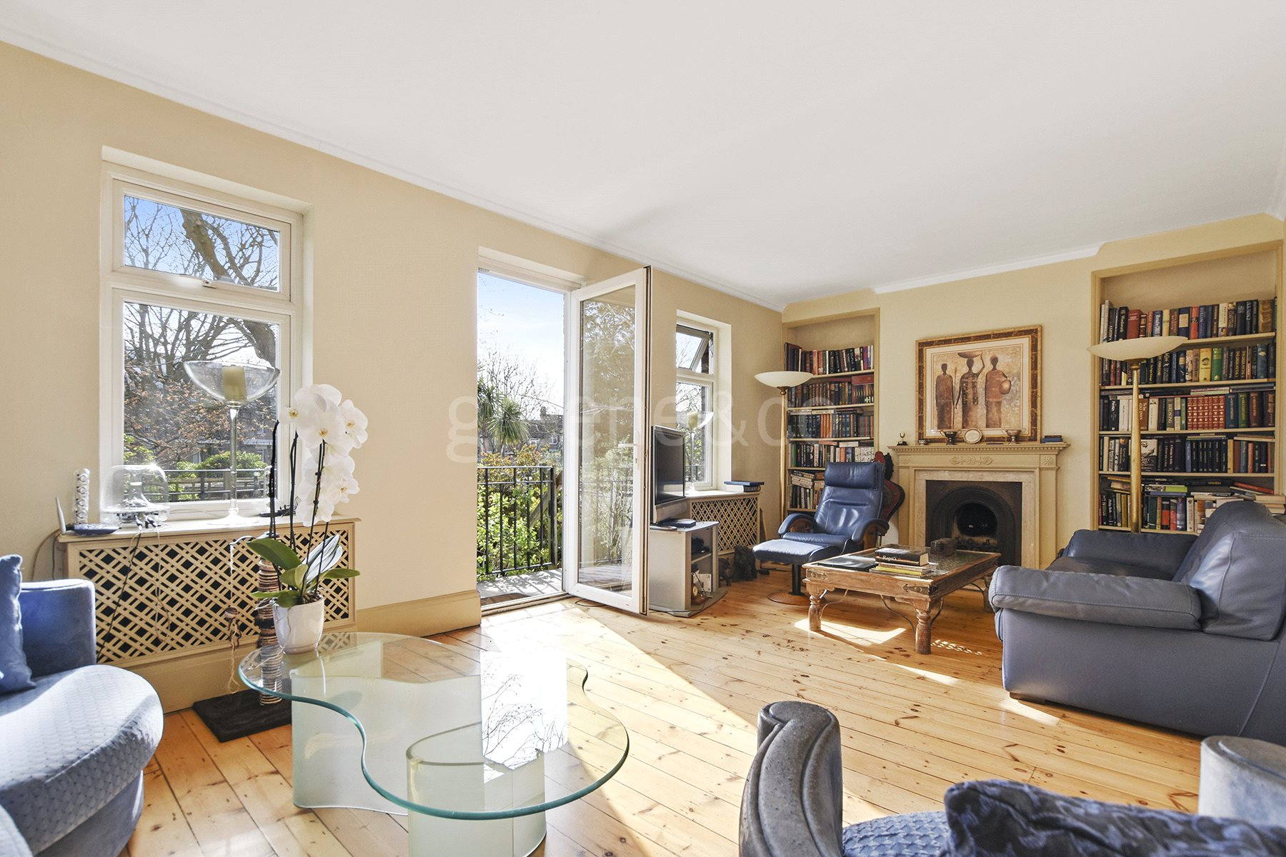 4 Bedrooms Flat for sale in Cholmley Gardens, West Hampstead, London, NW6