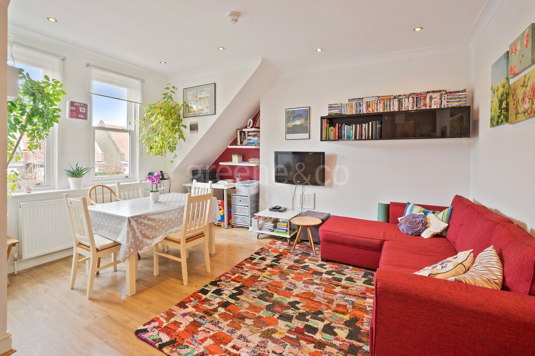 2 Bedrooms Maisonette Flat for sale in Buckley Road, Kilburn, London, NW6