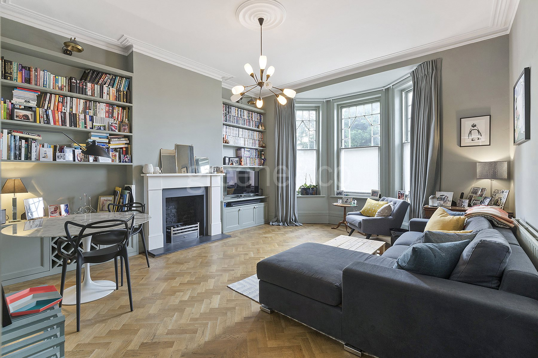 3 Bedrooms Flat for sale in Gondar Gardens, West Hampstead, London, NW6