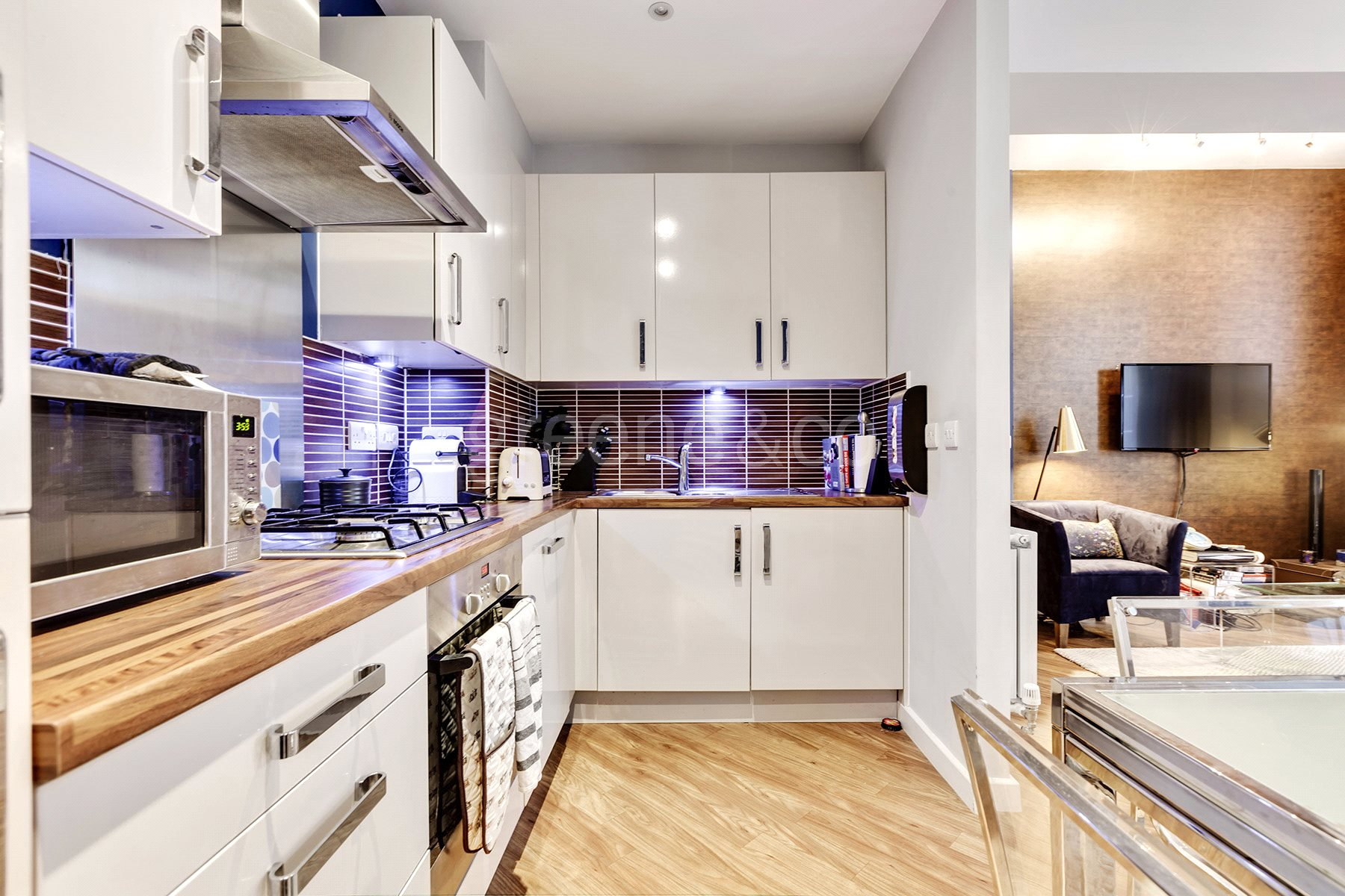 2 Bedrooms Flat for sale in Academy Court, 34 Glengall Road, London, NW6